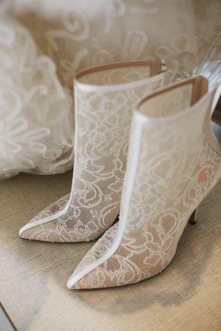 OSCAR DE LA RENTA lace wedding boots