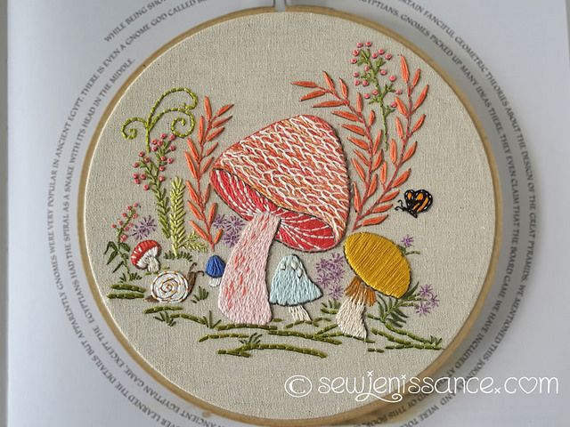 How cute is this! ~~Free mushrooms embroidery pattern. Design by Doe C Doe.
