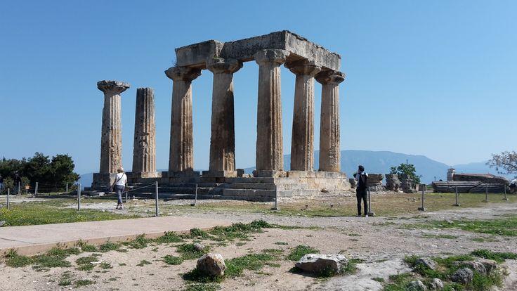 The temple of Apollo in Corinth!
