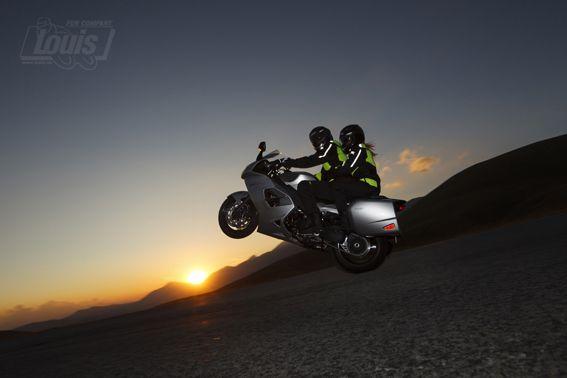 Zu Zweit geht's auch #Motorrad #Motorcycle #Motorbike #louis #detlevlouis #louismotorrad #detlev #louis