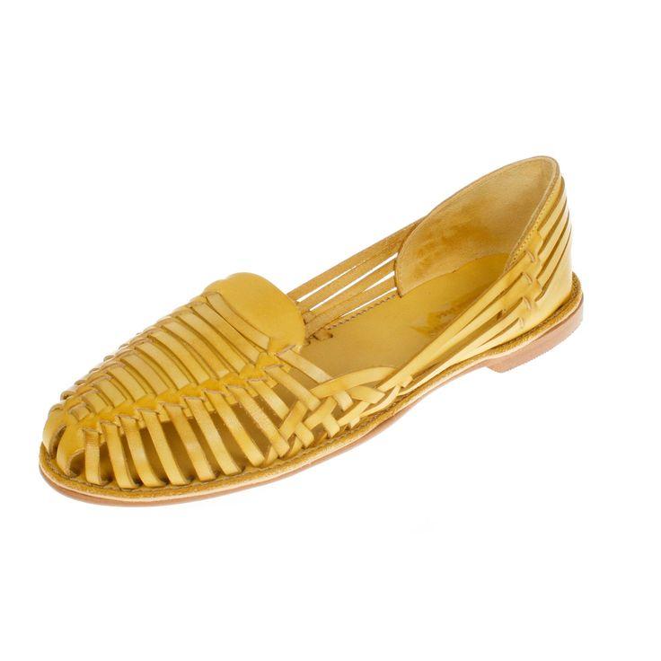 Onyva.ch / La Garconne Shoes #onyva #onlineshop #shoes #style #shoedesign #yellow #chic #switzerland #lagarconneshoes #vintage #summer #summershoes #sandals #fashion #leather