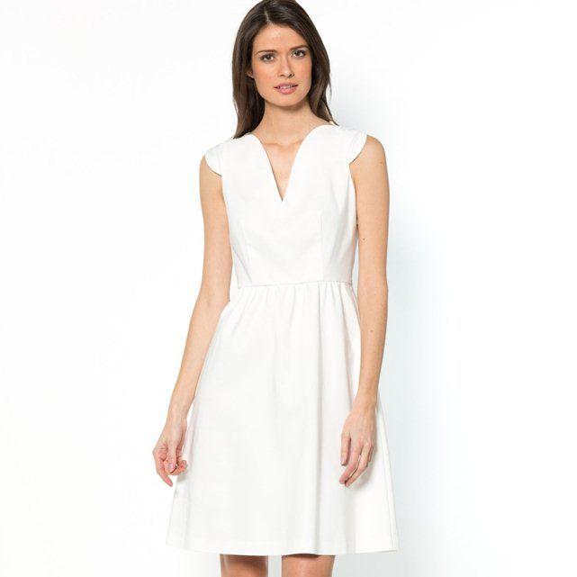 Sukienka zmałymi rękawkami  LAURA CLEMENT
