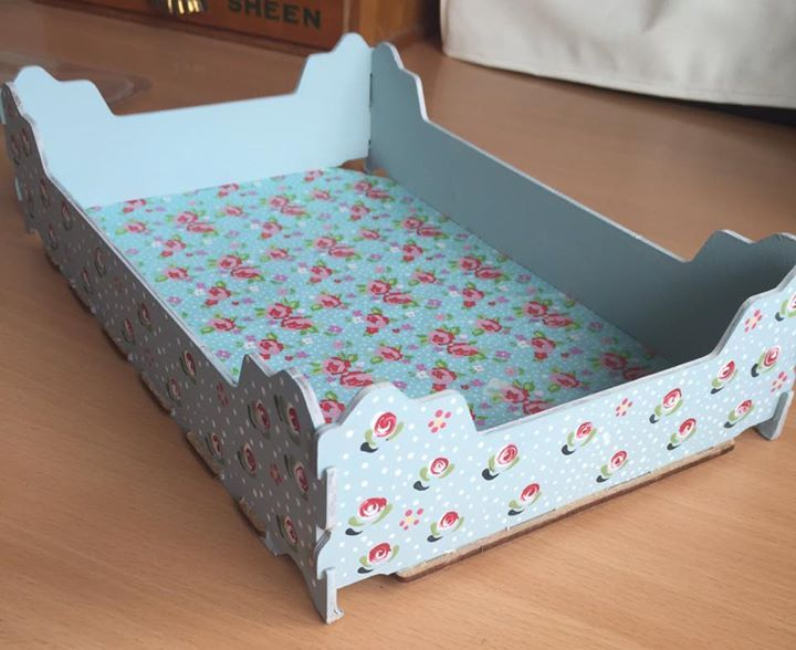 #upcycling at its best - from Cherry box to beautiful tray thanks to some paper and the Series 1 Starter kit from You Can Folk It! Kit available from www.folkit.co https://www.facebook.com/photo.php?fbid=10154649895216159&set=o.154406534767106&type=3