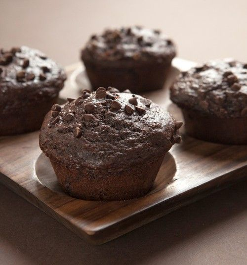 Lighter Chocolate Muffins - Low calorie and almost no fat, made with apple sauce and greek yogurt.