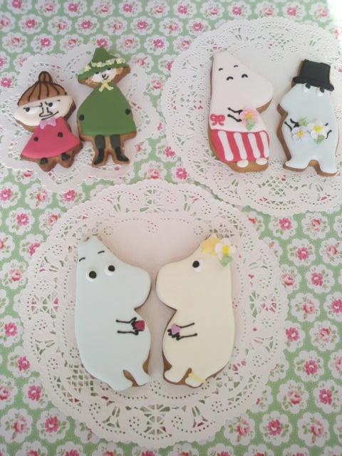 Moomin icing cookies
