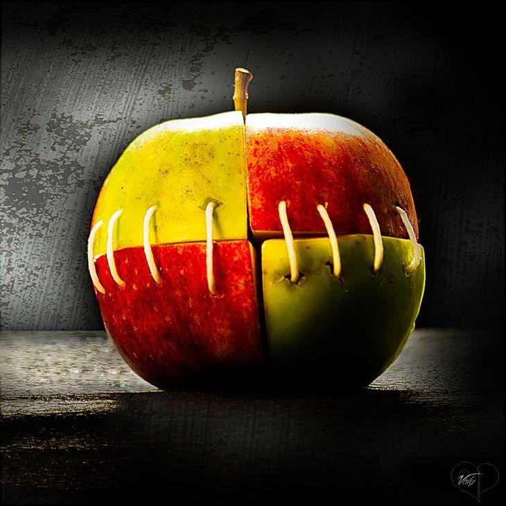 Art Lover Place - Achetez l'oeuvre ou la reproduction de Psychotic apple (Photographie) par Valy