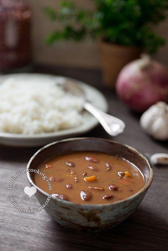 Habichuelas Guisadas | La Cocina Dominicana de Tía Clara