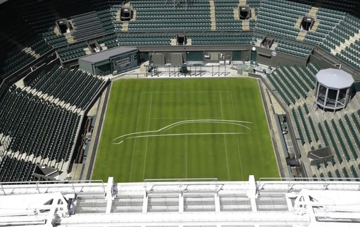 New Jaguar XF wagon takes to centre court… There's nothing much more British than this – a Jaguar car, or at least the outline of one, on centre court at Wimbledon! The iconic location has [...]