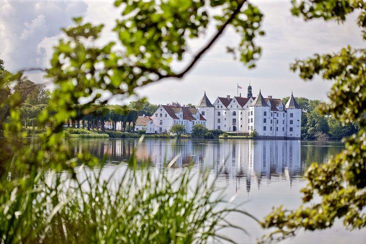 88 best images about glucksburg castle on pinterest. Black Bedroom Furniture Sets. Home Design Ideas