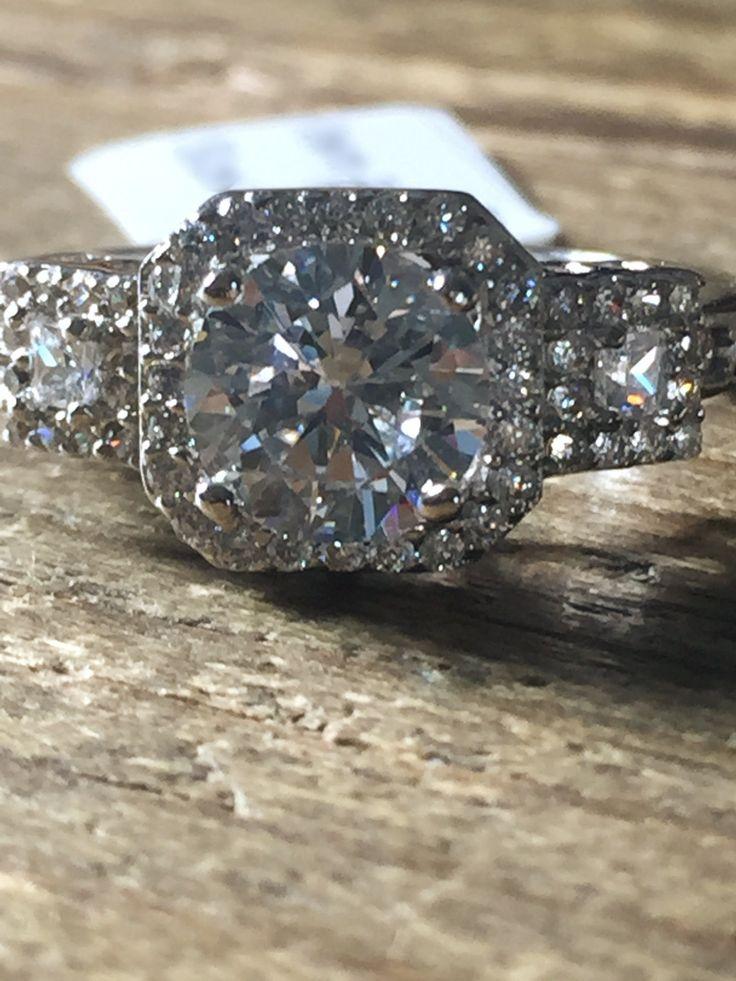 2CT Perfect Round Diamond Cut Halo Russian Lab Diamond Engagement Ring