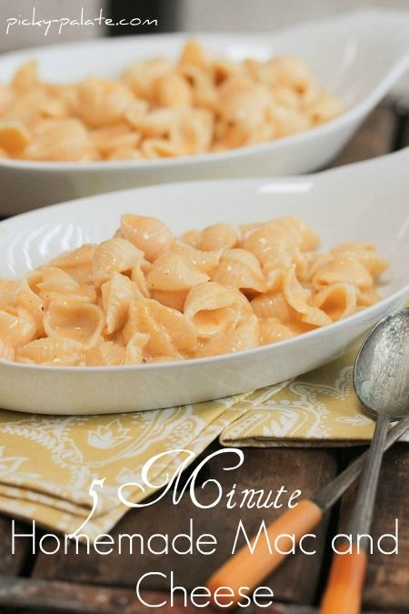 5 Minute Homemade Creamy Mac and Cheese. So trying this!
