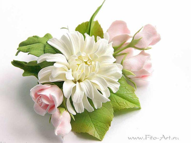 Брошь с хризантемами и розовыми розами. Полимерная глина. Екатерина Звержанская.