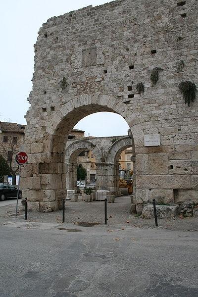 Porta Romana, Ascoli Piceno, Marche