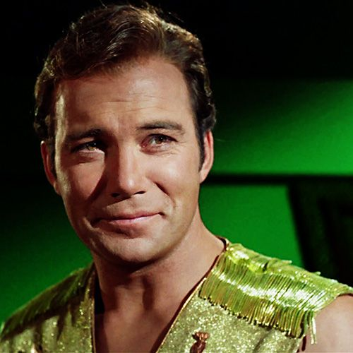 Is it any wonder why we all love Captain Kirk?  Just look at him *swoon*.
