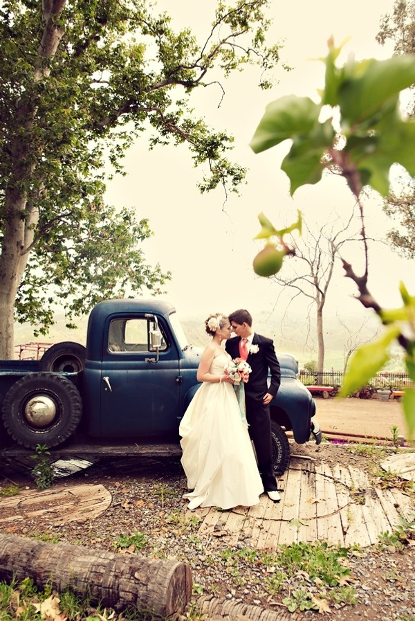Couple in front of old Pick-up Truck via stylemepretty.com