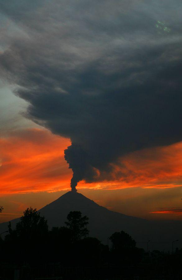 Volcano at sunset by Cristobal Garciaferro Rubio, via 500px
