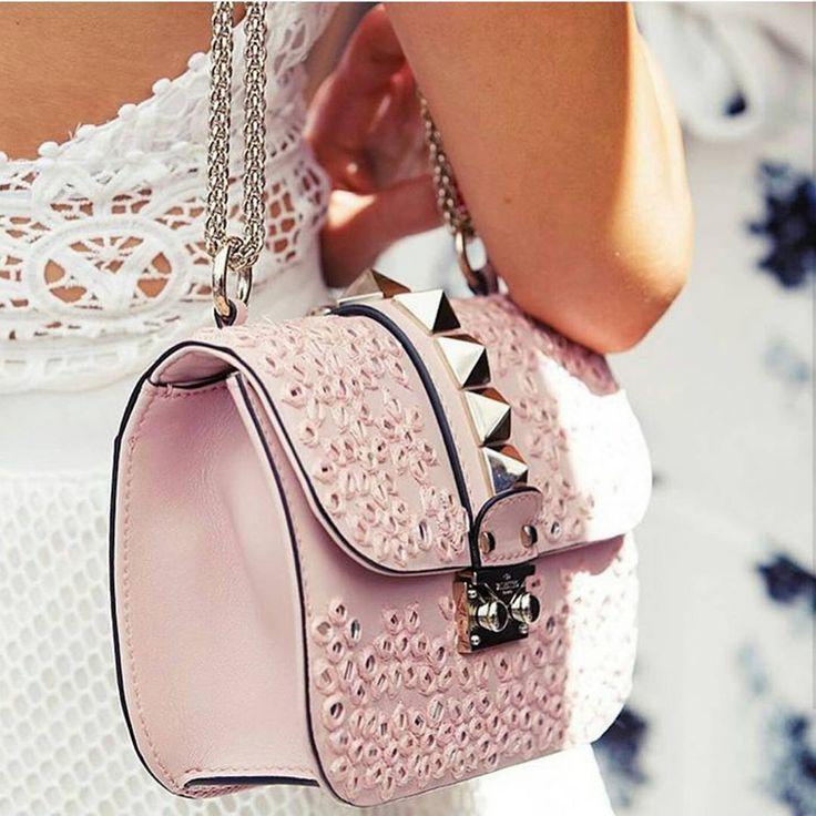 #Tbt last year eith Rozalia and her Valentino bag. xxx @rozalia_russian  @lizsunshine