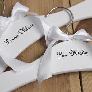 Klasyczne wieszaki ślubne od Say I Do