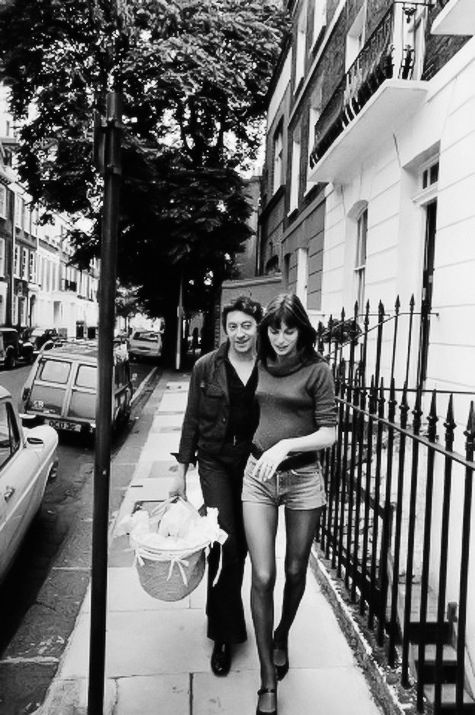 1971: Jane Birkin and Serge Gainsbourg on Old Church Street in Chelsea