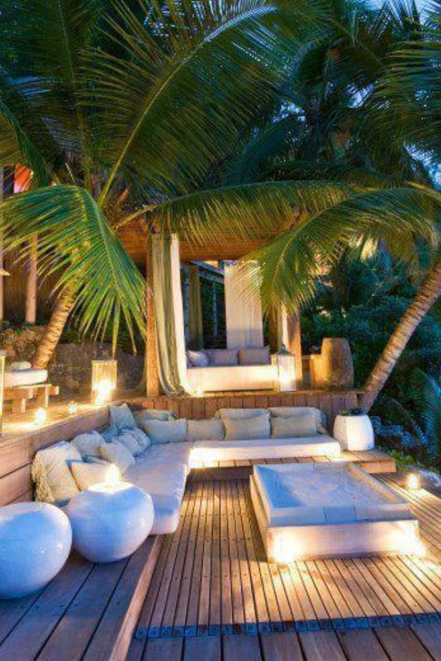 Outdoor deck with stepped levels, lots of seating and beautiful lighting • I can dream...and DO! #wcs