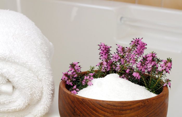 The rejuvenating Epsom salt bath can help you lose weight by flushing out toxins, controlling blood pressure, increasing circulation, and destressing.