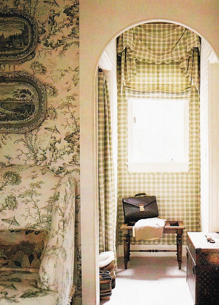 Dan Carithers features Scalamandre Pillement toile. Southern Accents Jan-Feb 2002