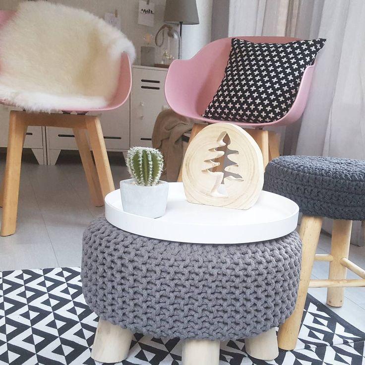 #kwantuminhuis Kruk YORK > https://www.kwantum.nl/meubelen/stoelen/krukken/meubelen-stoelen-krukken-kruk-york-donker-grijs-40-cm-0751032 en stoel NEW YORK > https://www.kwantum.nl/meubelen/stoelen/meubelen-stoelen-eetkamerstoelen-kuipstoel-new-york-roze-1323023 @greanna