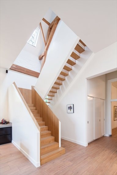 Monumental Coach House - Breukelen, Netherlands - 2012 - Zecc Architects #architecture #interiors #stair