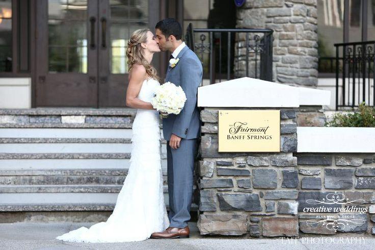 Beautiful bride and groom at the #FairmontBanffSprings (Photo courtesy of Tait Photography) #BanffSpringsWedding #BanffWeddingPlanner #whitewedding
