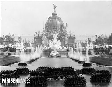 Léopold Mercier, Roger-Viollet,Exposition universelle de 1889 à Paris. Vue générale. médium photo http://www.parisenimages.fr/fr/galerie-collections/1048-8-exposition-universelle-1889-a-paris-vue-generale