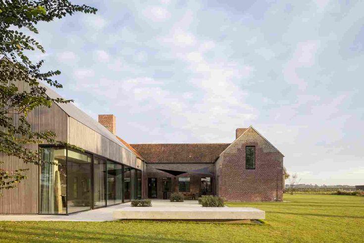Реконструкция старой фермы в Бельгии