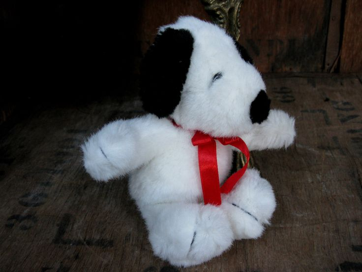 Cuddly Snoopy, Hanging Snoopy, Snoopy Toy, Vintage Snoopy, Plush Snoopy, Snoopy Plushie, Vintage Peanuts, Snoopy Cuddly, Snoopy Teddy by MissieMooVintageRoom on Etsy