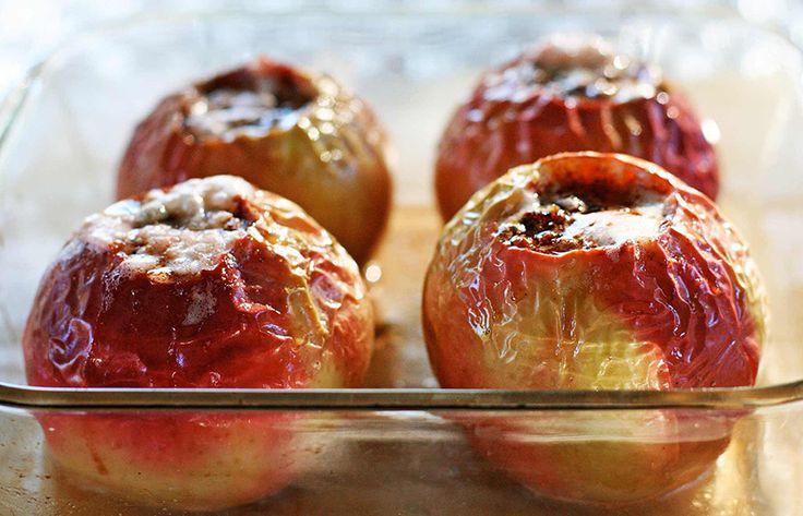 Как приготовить яблоки в духовке с сахаром и корицей – пошаговый рецепт + фото прилагаются - http://takioki.ru/yabloki-v-duhovke-s-saharom/