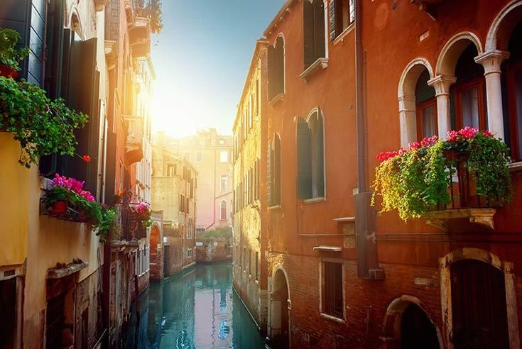Discount Romantic Venice Break with Strawberries, Bubbly & Return Flights for just £99.00 Where: Venice, Italy.   What's included: A two or three-night break with flights, breakfast, basket of chocolate strawberries and glass of Italian Spumante.   From: London Gatwick, Luton, Stansted or Manchester.   Hotel: Stay at the lovely Hotel Carlton Capri near to the Piazzale Roma.   What to do:...