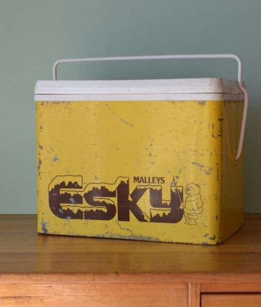 Vintage Metal yellow cooler retro Malley's 3195