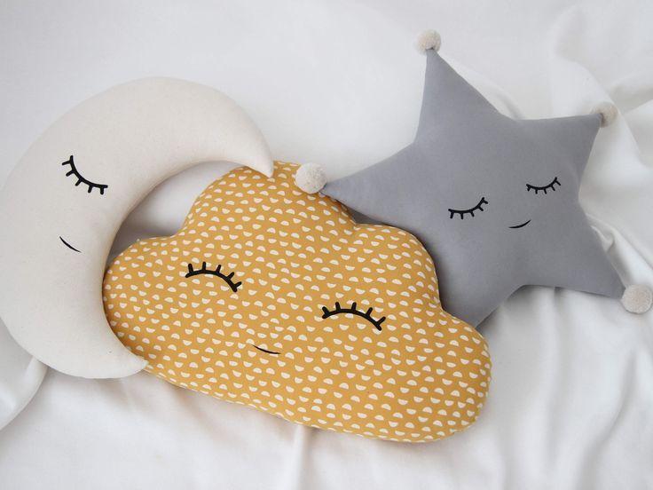Pillow Cloud Cushion Neutral Gender