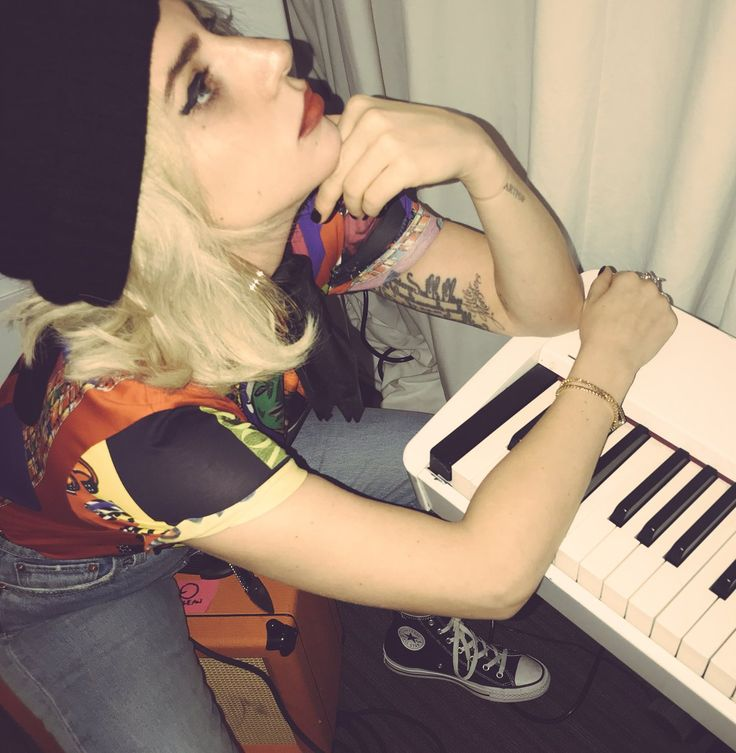 (1) Lady Gaga (@ladygaga) | Twitter
