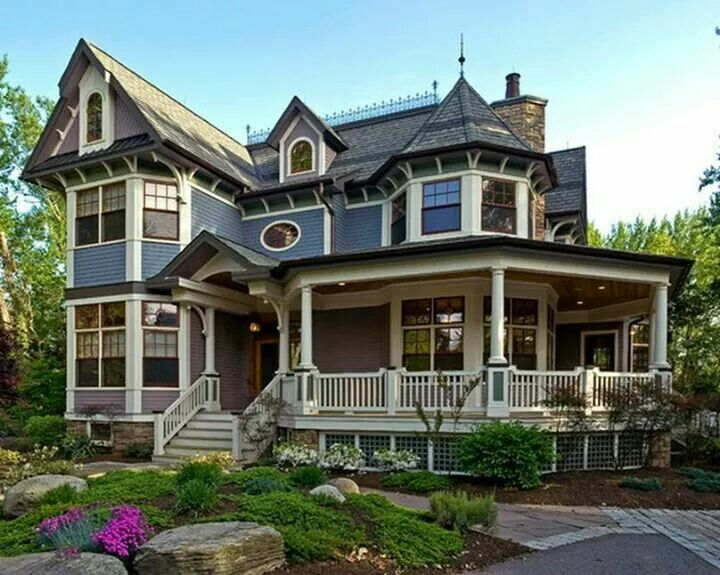 Wow! Doesn't qualify as a tiny house, but goodness it's beautiful!