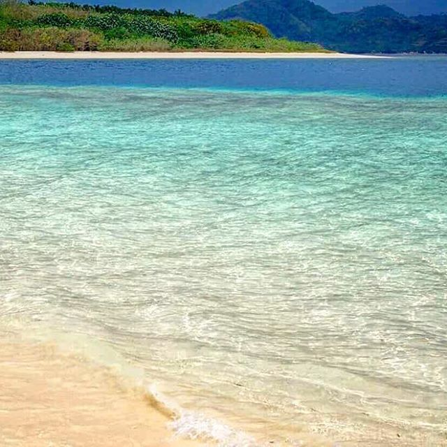 【ricopin54】さんのInstagramをピンしています。 《Beautiful sunny day reminds me this beautiful beach汗と潮でベタベタになるのが嫌やから暑い国にも海辺にも住みたくないけどバケーションでは海の美しい所に訪れたい笑 #sunny#beautiful#memory#photo#beach#ocean#clean#bright#water#sea#happy#island#south#asia#miss#swim#travel#world#hol