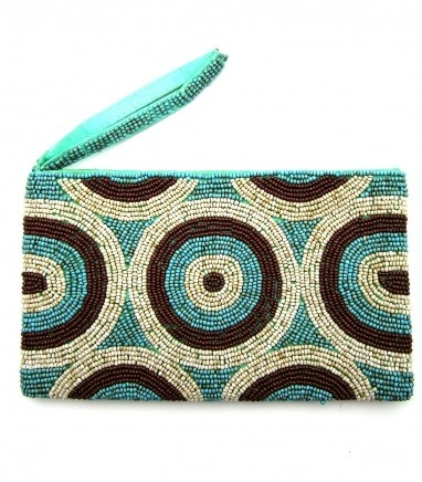 Fun beaded purse, large enough for your essentials but small enough for your bag or use as a clutch.    20cm x 12cm