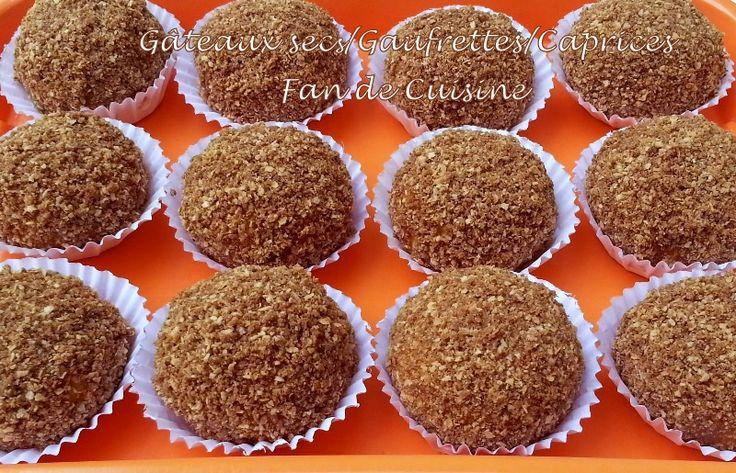 Asalam alaykom, voici un gâteau sec algérien, aux gaufrettes et aux caprices (des bonbons au gout du caramel) économiques et faciles à réal...