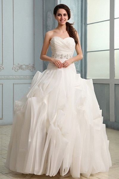 Sweetheart Princess Organza Wedding Gowns wr0706 - http://www.weddingrobe.co.uk/sweetheart-princess-organza-wedding-gowns-wr0706.html - NECKLINE: Sweetheart. FABRIC: Organza. SLEEVE: Sleeveless. COLOR: White. SILHOUETTE: Princess. - 147.59
