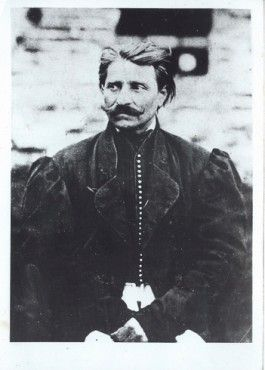 Sándor Rózsa (1813-1878), a famous Hungarian outlaw, enjoyed a similar brand of fame/infamy as Dick Turpin. He robbed coaches and trains and finally died in prison.