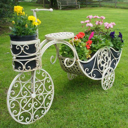 Skvelé nápady do záhrady. Inšpirujte sa a vytvorte si niečo unikátne aj vy.