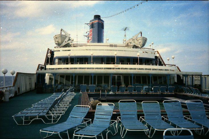 Ss Emerald Seas Eastern Livery My Cruises Pinterest