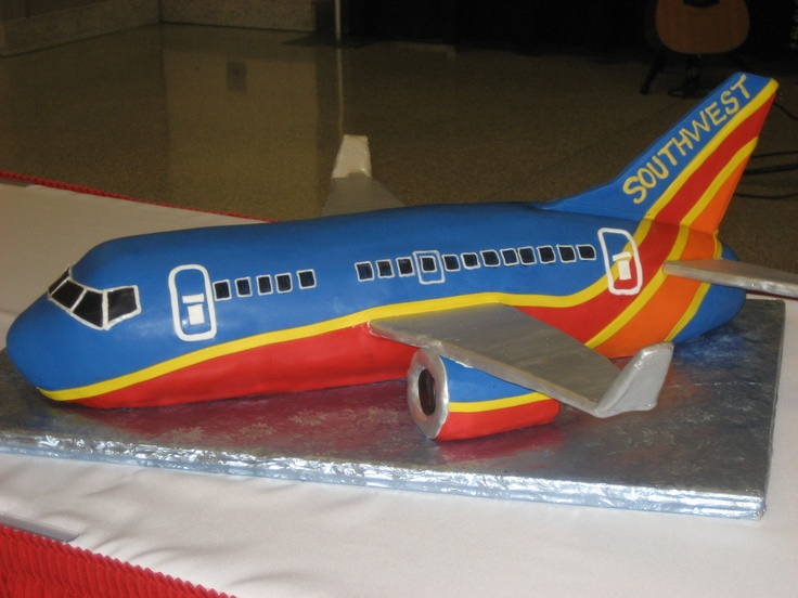3D shaped Southwest Airlines Cake!