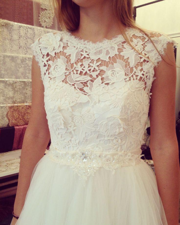 Woman in Love ❤️ #dream #dress #bride #bride2be #bridetobe #ivory #cottonlace #lace #cotton #3dlace #womaninlove #happyday #wedding #eveninggown #margo #margoconcept #bridedream #2016bride #crystals #beads #shine