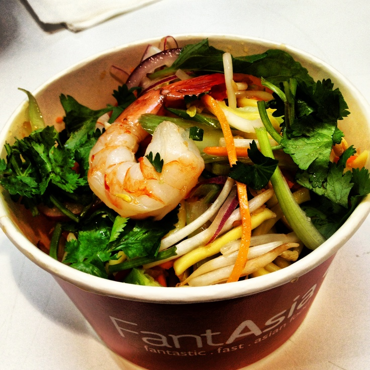 Dinner tonight is fantasia Bangkok Noodle Salad with Prawns! A rather yummy meal on the run