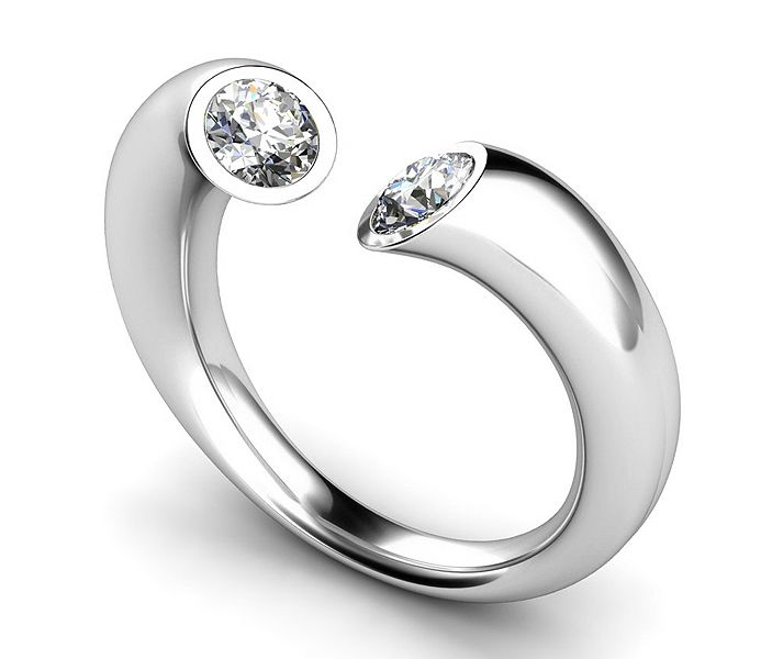 Google Image Result for http://4.bp.blogspot.com/-GZJx8QH-9Io/Tbfc12-kxvI/AAAAAAAAABE/DwjYQ2DyCQw/s1600/Unusual.engagement.rings2.jpg