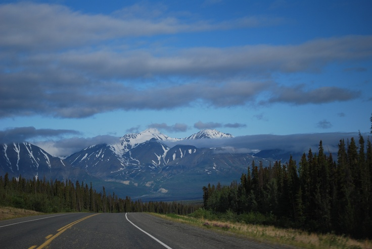 Beautiful vistas along the Alaskan Highway/I want to drive this highway!